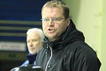 Kopřivnické hokejisty povede i v následující sezoně Václav Slabý.