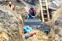 Přes 52 kilometrů dlouhá kanalizace má první uživatele. Ilustrační foto.