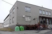 Kulturní dům v Děrném je v současné době téměř nevyužívaný s výjimkou restaurace. Město to chce řešit.