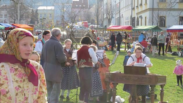 Velikonoce v parku. Tak se jmenovala tradiční akce, která ve středu 23. března odpoledne zaplnila prostory Zámeckého parku v Odrách.