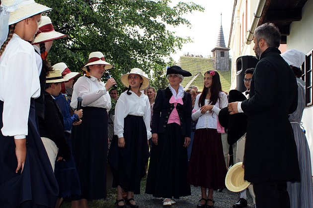 Novou expozici v otevřeli v sobotu 9. června v rodném domě Františka Palackého v Hodslavicích při příležitosti 220. výročí jeho narození.