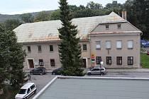 Ilustrační foto. Dům v Radniční ulici v Odrách.