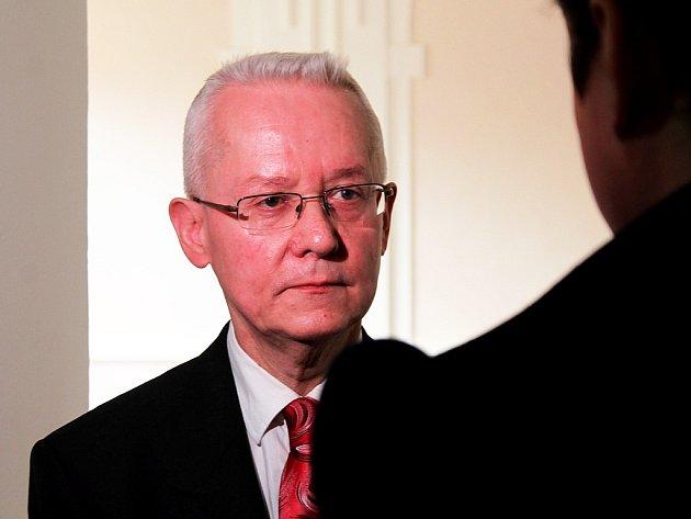 KRAJSKÝ STÁTNÍ ZÁSTUPCE Alois Dlouhý se specializuje na trestnou činnost policistů více než deset let.