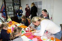 Vánoční náladu si o první prosincové sobotě užívali malí i velcí ve Výškovicích, místní části Bílovce.