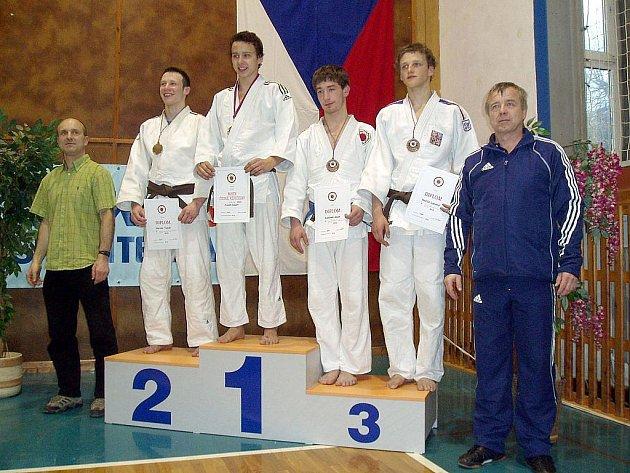 Úspěšný velikonoční víkend měl závišický judista Adam Kahánek. Zúčastnil se v Jičíně v Čechách vrcholného podniku letošní sezony, Mistrovství České republiky juniorů v judo.
