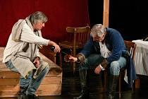 Fenomenální hru Denise Diderota, Jakub a jeho pán, v podání Karla Heřmánka a Jiřího Bartošky uvidí diváci v Beskydském divadle ve středu 23. května.