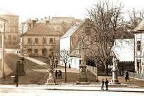 Novojičínská ulice Generála Hlaďo na snímku z druhé poloviny 1í. století.