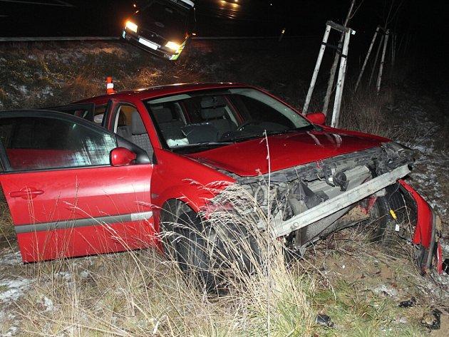 Snímek nedělní dopravní nehody v Bílově.