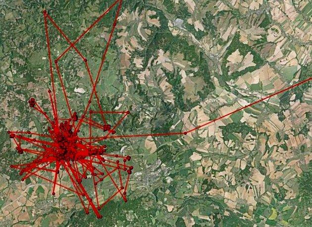 Mapa ukazuje zálety mladé orlice ze svého hnízdiště vOderských vrších.