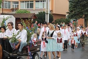 Pětadvacáté obecní dožínky spojené s oslavou 25 let osamostatnění obce oslavili v sobotu 15. srpna v Závišicích.