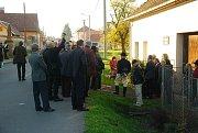 U příležitosti VI. mezinárodní konference Moravian byla v Mankovicích slavnostně odhalena pamětní deska zdejšího rodáka Matthäuse Stacha.