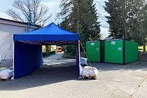 Odběrové místo v areálu Městské nemocnice v Odrách je připravené.