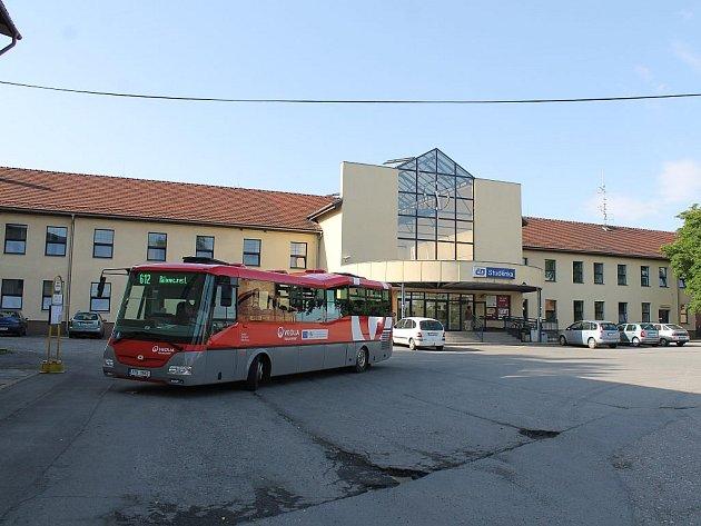 Vlakové nádraží ve Studénce.
