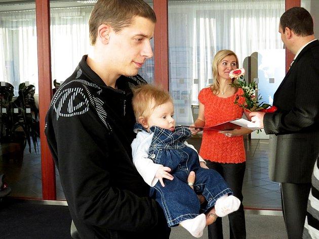 Vítáme Veroniku Veselou z Jeseníku nad Odrou, která se rodiči zúčastnila slavnostního aktu 2. prosince 2012.