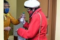 O dezinfekci, kterou město Frenštát pod Radhoštěm rozdávalo zdarma do domácností, byl zájem.