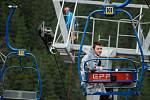 Taktické cvičení všech záchranářských složek na sedačkové lanové dráze Ráztoka na Pustevnách.