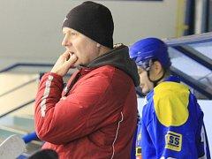 TRENÉR Miroslav Pokorný letos dovedl hokejisty Studénky ke 2. místu a v příští sezoně by se s týmem rád posunul na nejvyšší pozici.