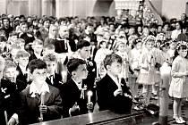 Svaté přijímání v roce 1971.