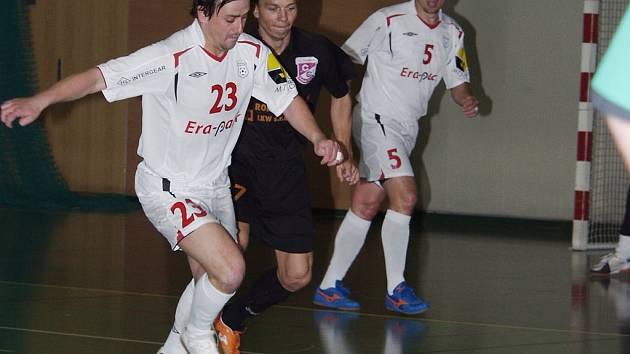 Poprvé v sezoně dokázali futsalisté Jistebníku porazit Chrudim. Ve druhém finálovém zápase zvítězili po neuvěřitelném průběhu 7:6.