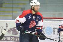 Hokejový obránce kopřivnické Tatry Miroslav Marek má za sebou i angažmá v cyklistice.