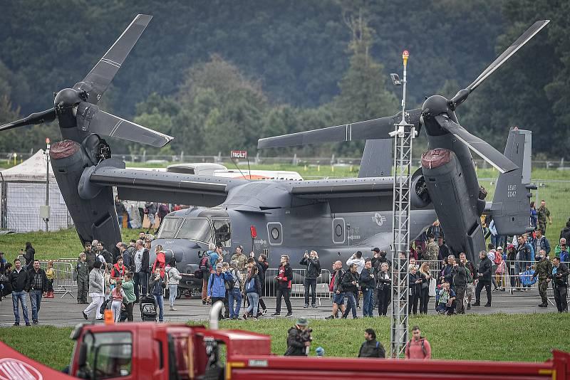 Na letišti v Mošnově na Novojičínsku začaly 18. září 2021 dvoudenní Dny NATO a Dny Vzdušných sil Armády ČR, které jsou největší bezpečnostní přehlídkou v Evropě. Konvertoplán V-22 Osprey