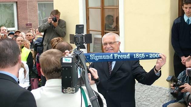 Slavnostního otevření Freudova rodného domu se v květnu 2006 zúčastnil i prezident republiky Václav Klaus.