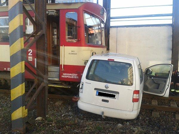 Nehoda na přejezdu vKopřivnici