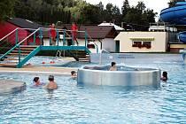 Frenštátský aquapark běžně zahajuje provoz okolo poloviny května. Letos se otevírá až 8. června.