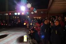 Tradiční vzpomínkové setkání v podvečer státního svátku 17. listopadu v Kopřivnici.