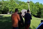 Prvním, kdo se zúčastnil natáčení medailonu o zvoničce Strážkyně Beskyd byl předseda Matice radhošťské Drahomír Strnadel.