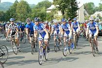 Na start Velké ceny Lašska, která byla devátým závodem Slezského poháru amatérských cyklistů, se postavilo 116 jezdců. Nakonec vyhrál frýdecko-místecký Petr Hudeček.