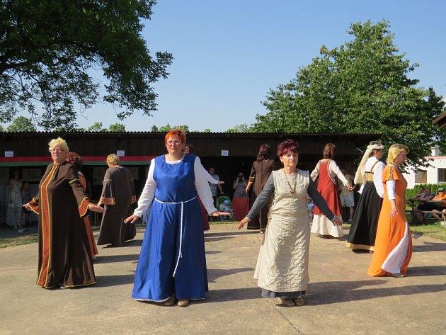 Zábavné sobotní odpoledne pro děti s nádechem historie ve Vrchách.