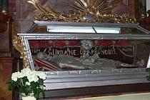 Ostatky svatého Urbana přilákaly do do kaple farního kostela Narození Panny Marie v Příboře stovky zvědavců. K vidění byly po dlouhých sto letech.