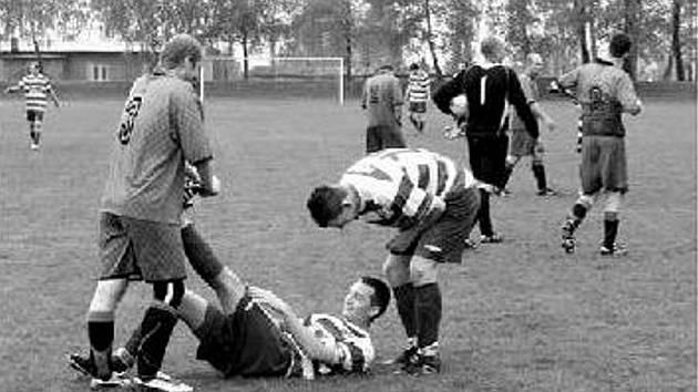 Fotbalisté Studénky v loňské sezoně dokázali, že si postup zaslouží (na snímku v domácím duelu s Hostašovicemi).