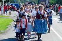 Krásné letní počasí doprovodilo již dvacátý ročník obecních dožínek v Závišicích, který proběhl v sobotu 14. srpna.