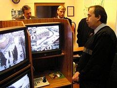 Kamerový systém je velkým pomocníkem strážníků ve městech.