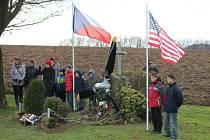 V Palačově, místní části Starého Jičína si připomněli sestřelení amerického letounu.