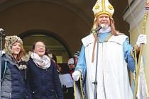 Beskydská husa zajistila Kateřině Kubalové a Marcele Bednářové (na snímku) prvenství v letošním osmém ročníku soutěže o nejlepší recepturu na svatomartinskou husu.