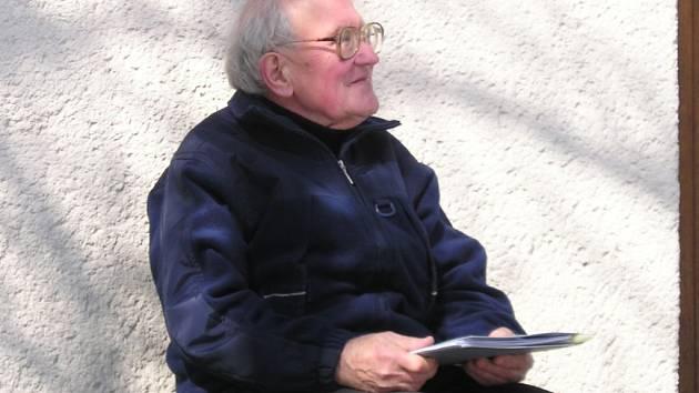Libor Knězek se v současnosti věnuje mapování literárních tradic Frenštátska.