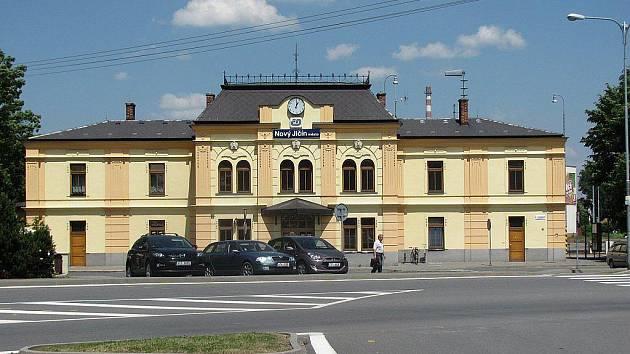 Budova vlakového nádraží v Novém Jičíně.