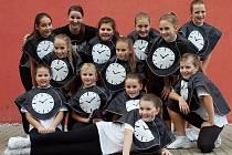 První místo vybojovaly na Spirit cupu 2012 také nejmladší cheerleadingové naděje FunTime Nový Jičín, vedené trenérkou Petrou Žákovou (druhá zleva nahoře).