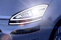 Světový dodavatel automobilového příslušenství, společnost Visteon, poprvé  v České republice tento týden představila v Novém Jičíně svůj koncept vozu C-Beyond.
