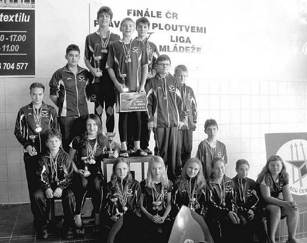 VÍTĚZ Ligy mládeže České republiky v plavání s ploutvemi pro rok 2011, KVS Laguna Nový Jičín.