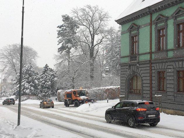 Čerstvá sněhová nadílka vNovém Jičíně, únor 2017.