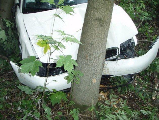 O štěstí mohli hovořit aktéři dopravní nehody, která se stala ve středu 30. července odpoledne v Bludovicích, místní části Nového Jičína Bludovicích srazily dva osobní automobily.