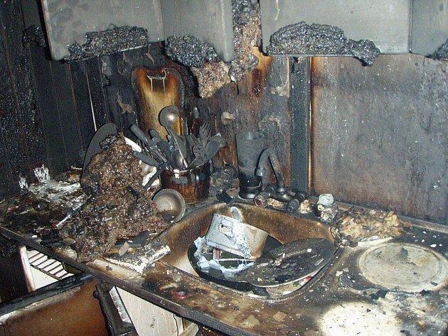 Úmyslně založený požár bytu v Kopřivnici.