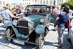 Automobilové veterány staré i téměř devět desetiletí mohli obdivovat obyvatelé a návštěvníci Příbora v sobotu 27. května.