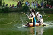 Tradiční bítovské Vodnické hry přinesly spousty směšných scének.