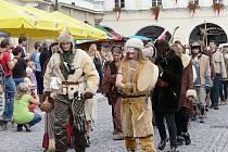 Městské slavnosti se letos nesly v polárním duchu. Průvodu vévodili polárníci.