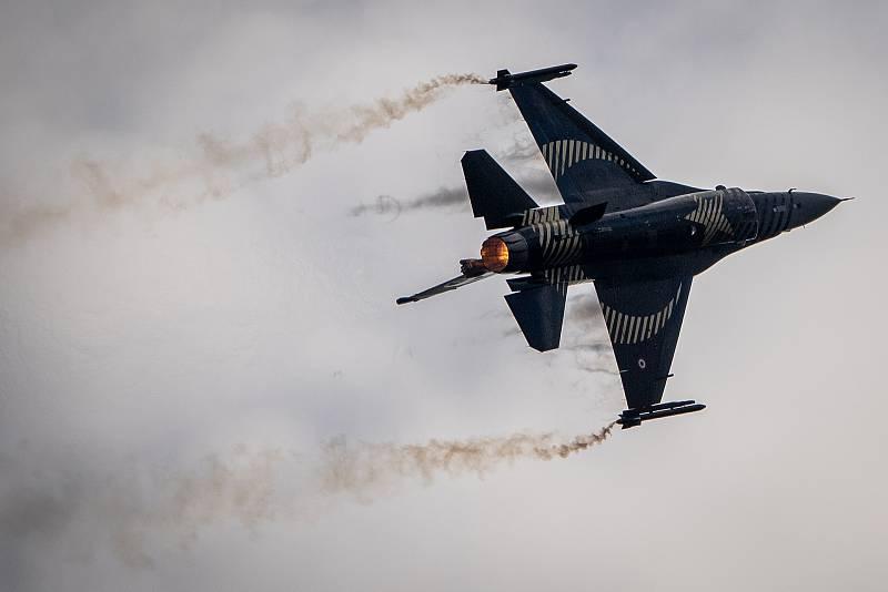 Na letišti v Mošnově na Novojičínsku začaly 18. září 2021 dvoudenní Dny NATO a Dny Vzdušných sil Armády ČR, které jsou největší bezpečnostní přehlídkou v Evropě. F-16 Soloturk, Solo Turk Demo Team